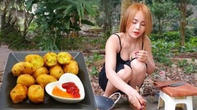 Alida makes super delicious Fried Mashed Potatoes