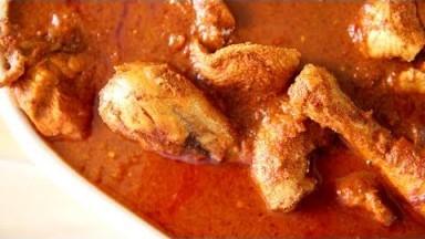 Karwari Chicken Curry Recipe | How To Make Karwar Style Chicken Gravy | Chicken Recipes | Smita Deo