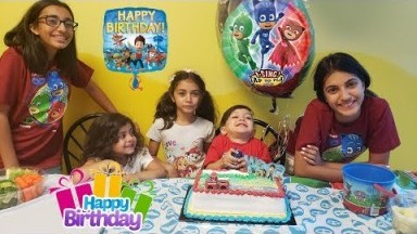 Birthday party indoor playground kids fun - Zack is 3 ! Family vlog video