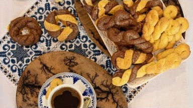 Koulourakia: Greek Easter Butter cookies/ 2 Ways!