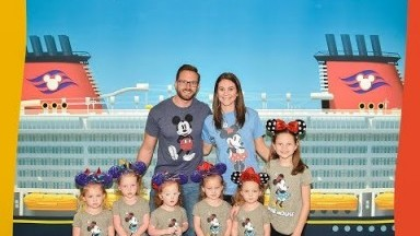 Disney Cruise Part 1 : Riley Takes Over the Vlog