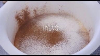 Cake Hours vlog 3   Money cake, Minimalist cake, Roll cakes   Dessert vlog   Hyuna