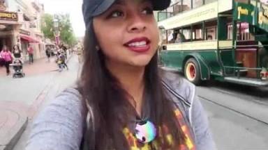 A FULL DAY AT DISNEYLAND!!!! | Disneyland Vlog #2
